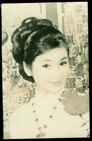 Cheng Pei Pei Crouchin...